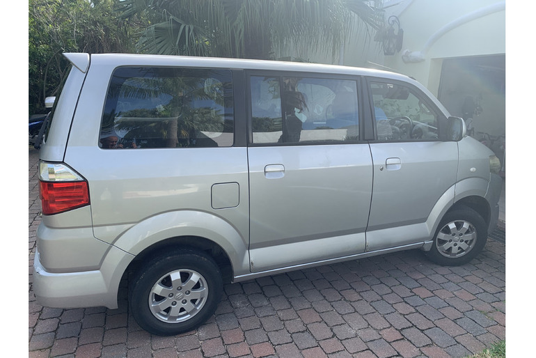 2011 Suzuki APV for sale.