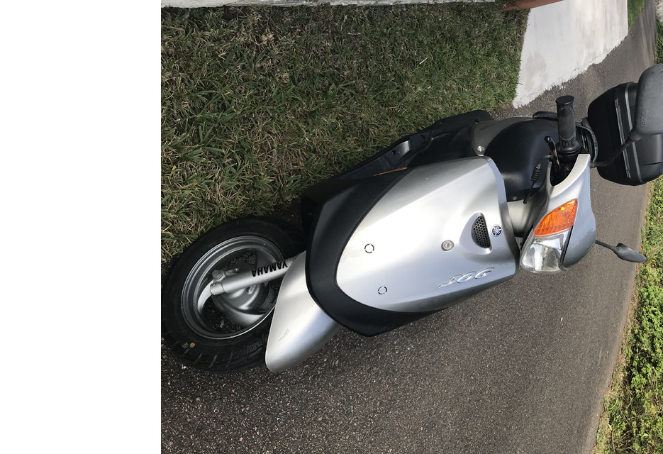 100cc Yahama Jog, Excellent condition, only 2,600 mileage